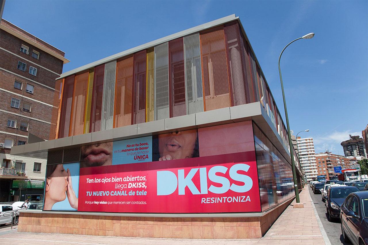 Publicidad exterior en Madrid Dkiss