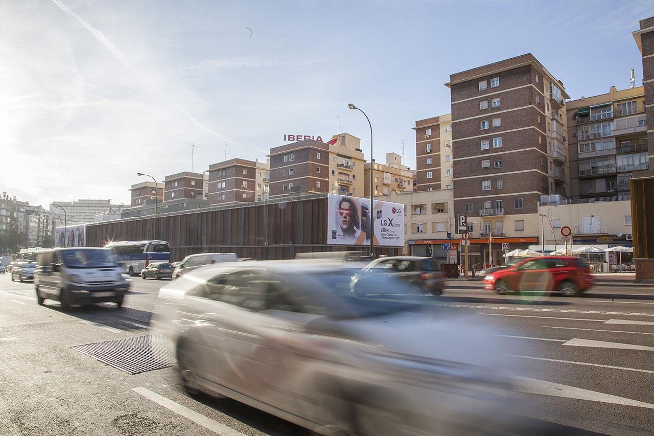 Lonas publicidad exterior Madrid LG
