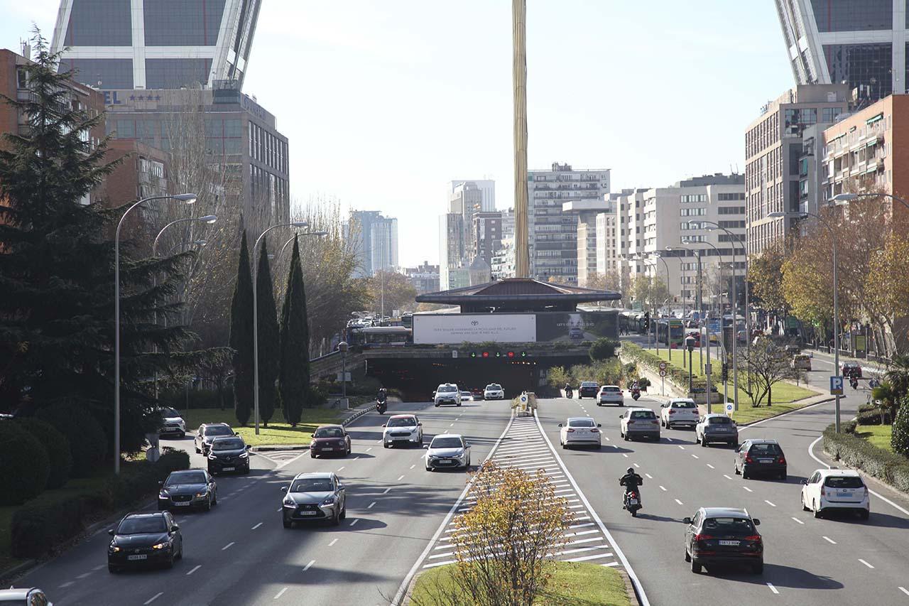 Soporte publicitario para Toyota en Plaza de Castilla