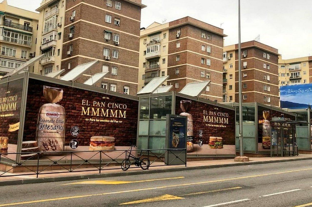 Cubos publicidad exterior para campaña Bimbo Rebanada Estilo Artesano