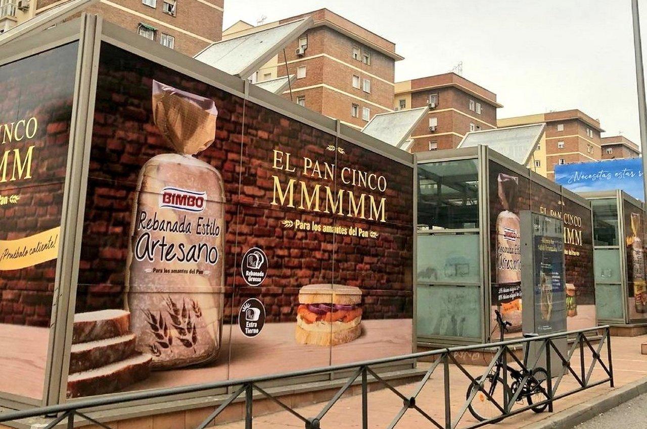 Soportes de publicidad en grandes formatos para Bimbo Rebanada Estilo Artesano