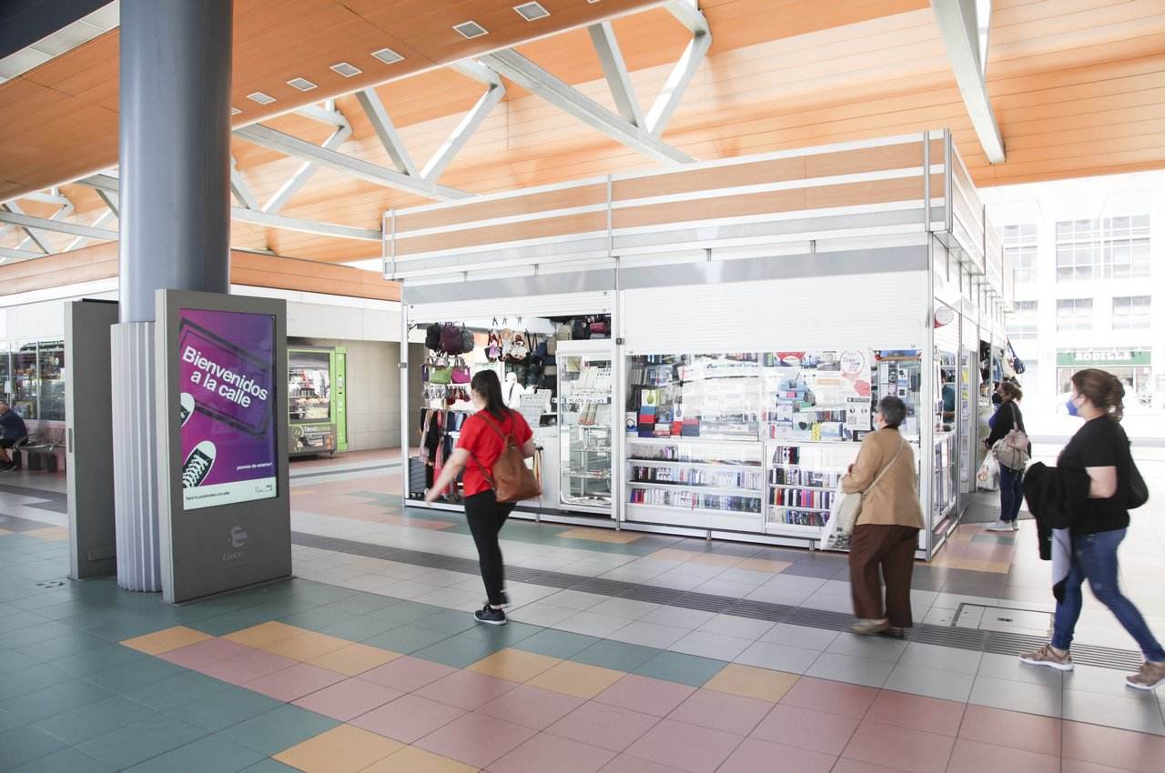 LA FEDE mupis digitales en estación autobuses Plaza de Castilla