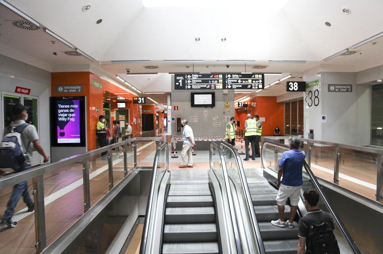 LA FEDE pantallas digitales para publicidad en transportes públicos Plaza Castilla