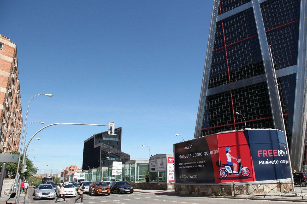 Lonas de publicidad espectacular en el centro de Madrid para Free Now