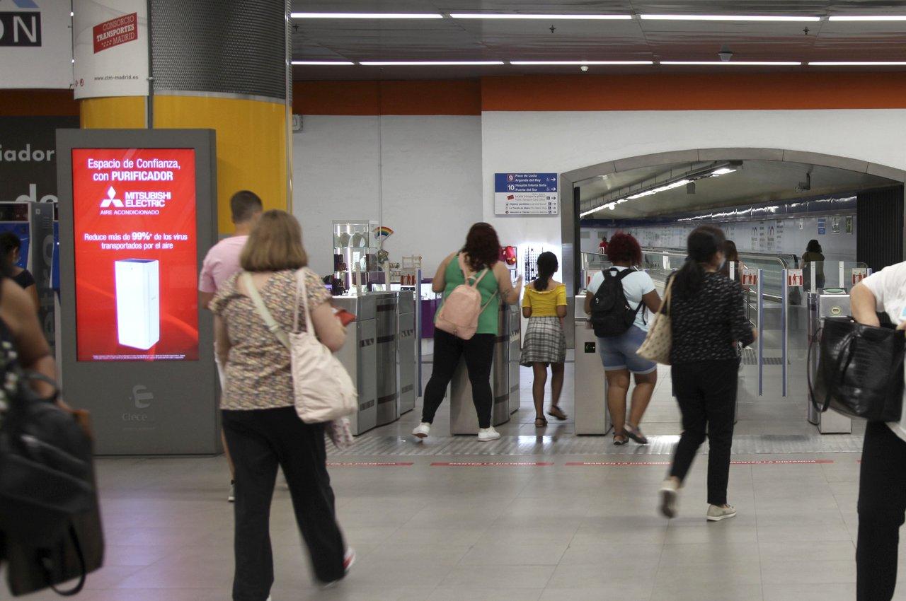 Mitsubishi Electric en mupis digitales de Intercambiador Plaza de Castilla