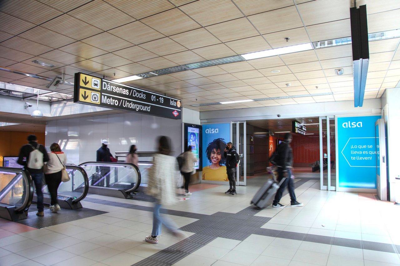 Publicidad en pantallas de estaciones para Alsa Autobuses Avenida América